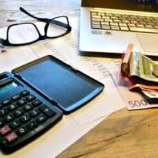 Impuestos y tasas municipales obligatorios